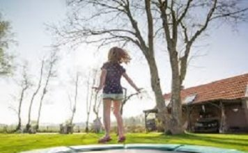 how to fix a squeaking trampoline